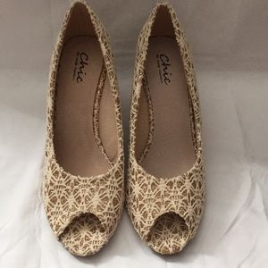 Women's Chic by Lady Couture Sz 9 shoes
